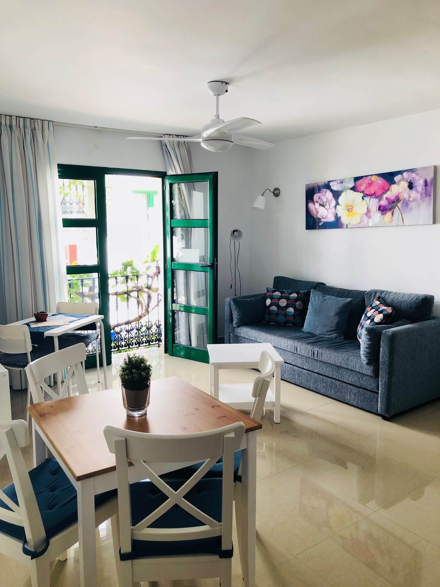 Apartments with a private pool in puerto de mogan gran canaria - Marina apartments puerto de mogan ...