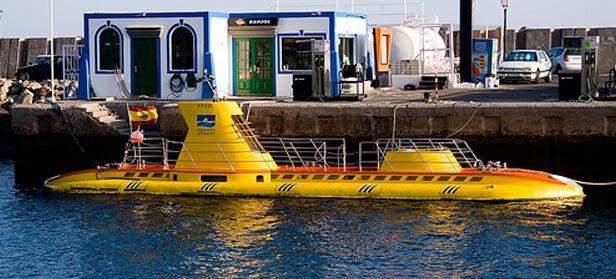 Yellow-submarine