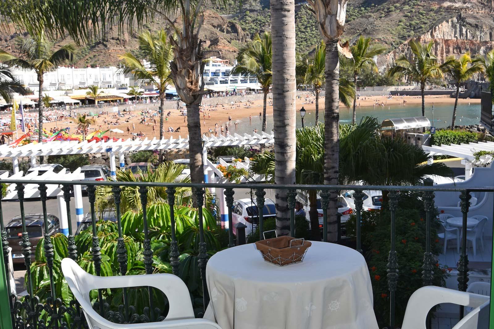 1-bedroom-roof-terrace-beach-view