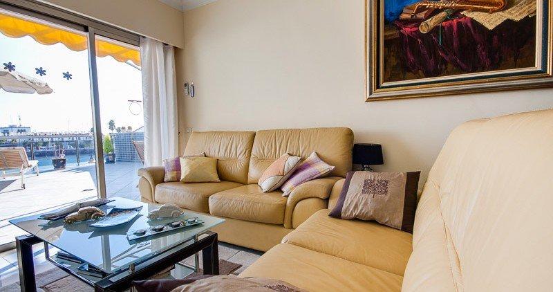 2bedroom-terrace-sea-view-4