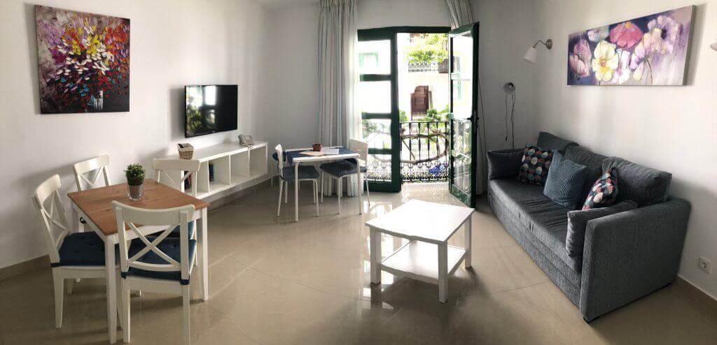 bedroom-lower-floor-french-balcony-2