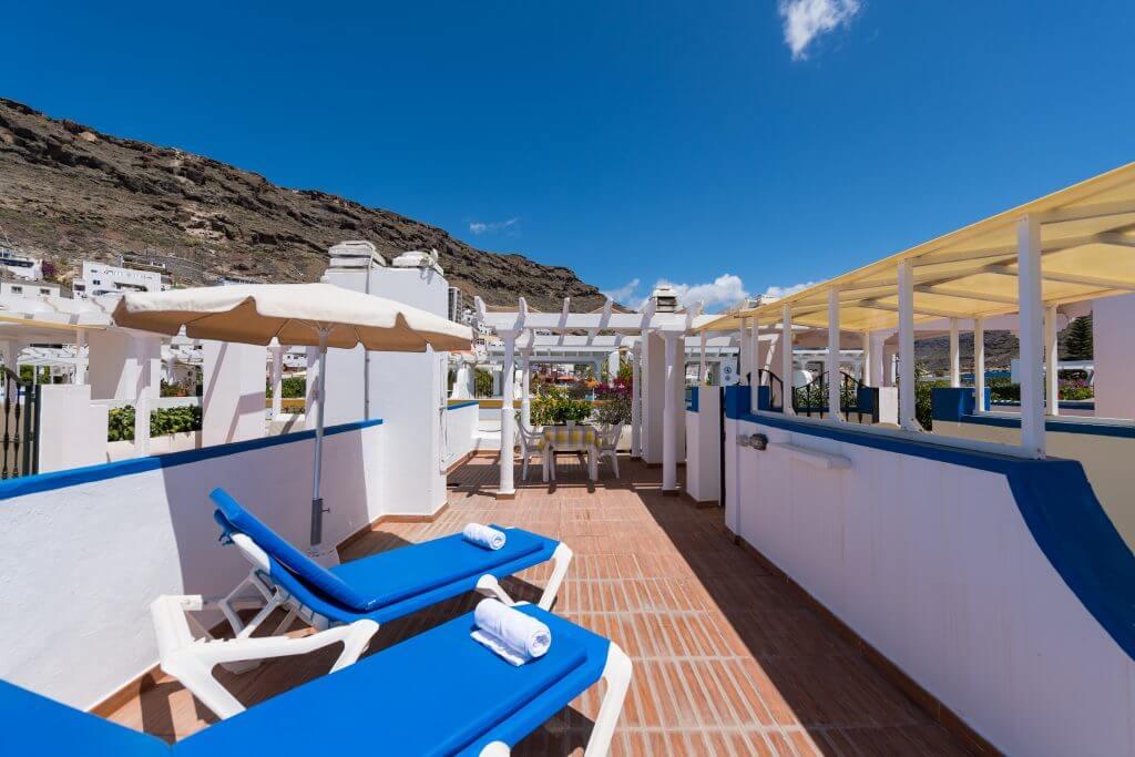 bedroom-roof-terrace-harbour-view-5